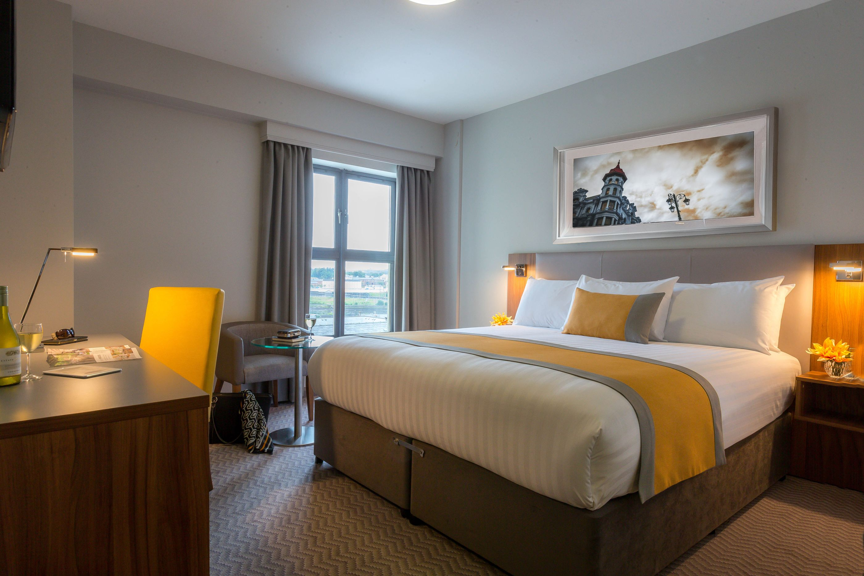 Double_Room_-_Maldron_Hotel_Derry